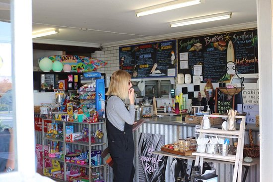 Hastings Point, Australia: Snap shot of inside the shop