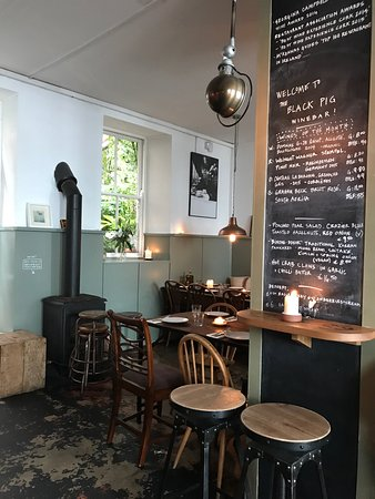 The Black Pig Winebar: photo1.jpg