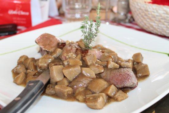 Baita Checco: carne con porcini