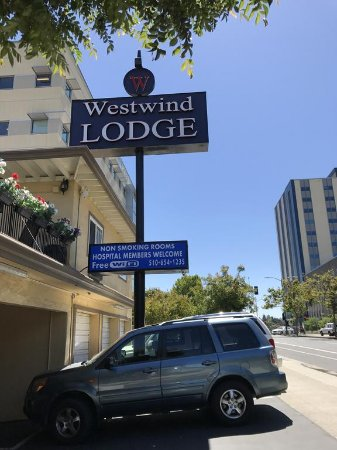 Westwind Lodge in Oakland - local.yahoo.com