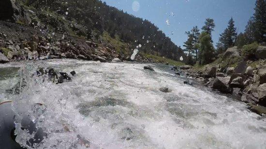 Dvorak Raft Kayak & Fishing Expeditions: Splash-tastic runs