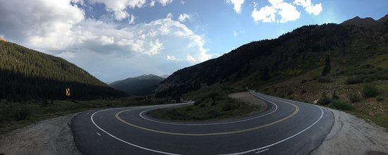Twin Lakes, CO: Hairpin Panorama (near the N Lake Creek trailhead)