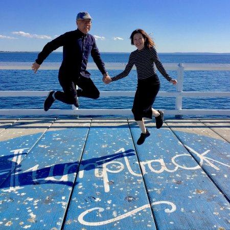 Busselton, Australia: jetty jump 3