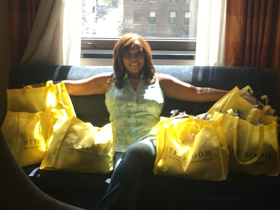 Style Room NYC Shopping Tour Experiences: Me and my new designer clothes in NYC! Awesomeness!