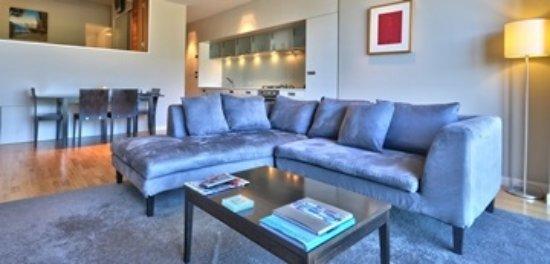 Pounamu Apartments: Lounge Area