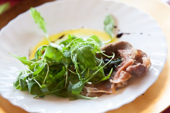 Toffia, Italy: Veal saltimbocca.