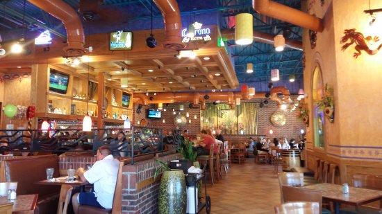 Canton, GA: Interior del restaurante