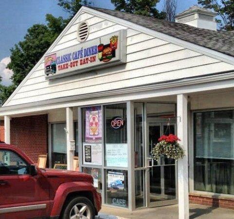 Elmira, NY: Classic Cafe & Filling Station