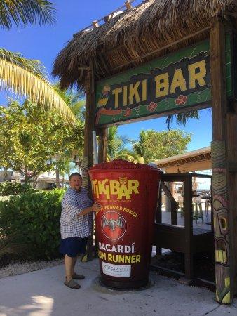 Tiki Bar At Holiday Isle: photo0.jpg