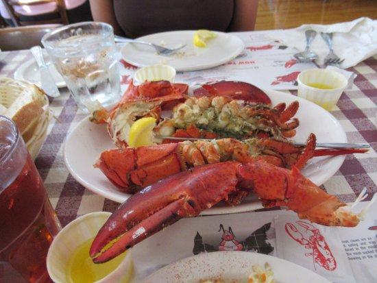 New Glasgow, Canada : 1.5 Lb Lobster