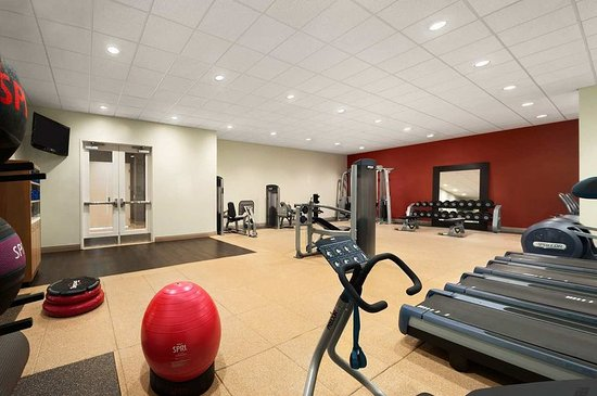 Doubletree By Hilton at the Entrance to Universal Orlando: Fitness Center