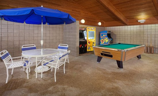 AmericInn Hotel & Suites Webster City: Game Room