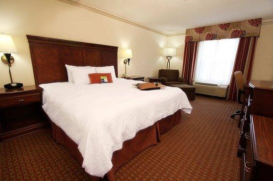 Bartlett, TN: Standard King Bed