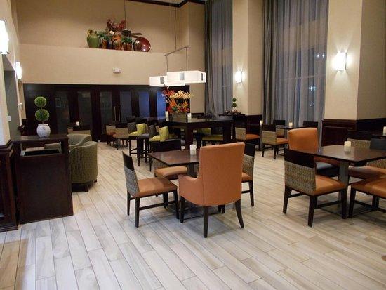 Hampton Inn & Suites Lubbock Southwest: Lobby