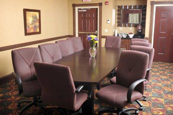 Glen Mills, PA: DuPont Boardroom
