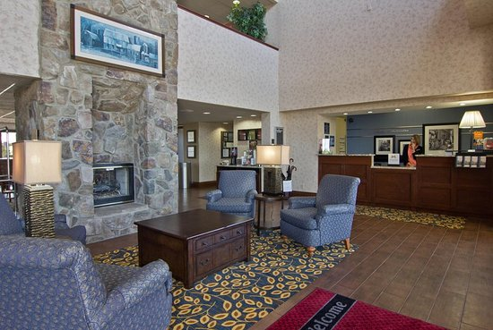 Hampton Inn and Suites Chillicothe: Lobby