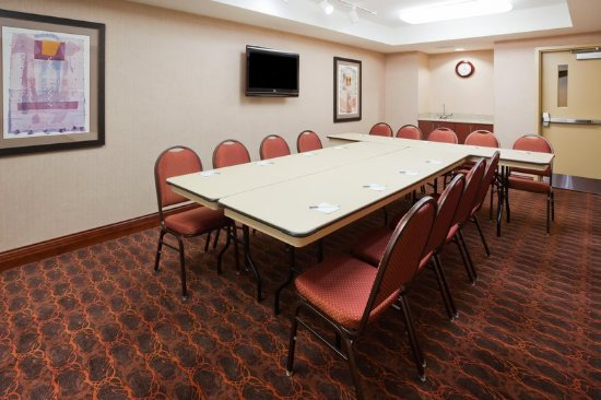 Hampton Inn Fairmont: Meeting Room
