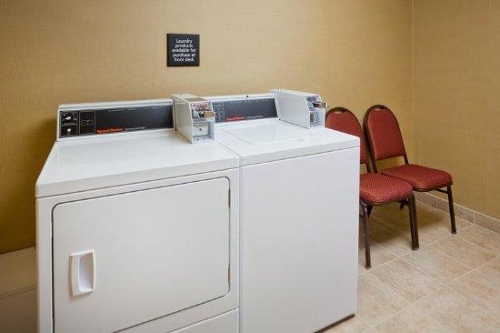 Fairmont, MN: Laundry