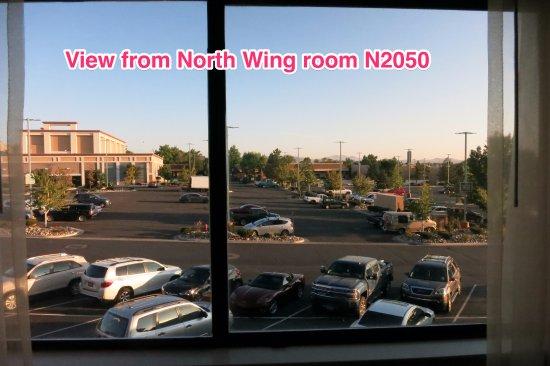 Peppermill Resort Spa Casino: North Wing: Room N2050