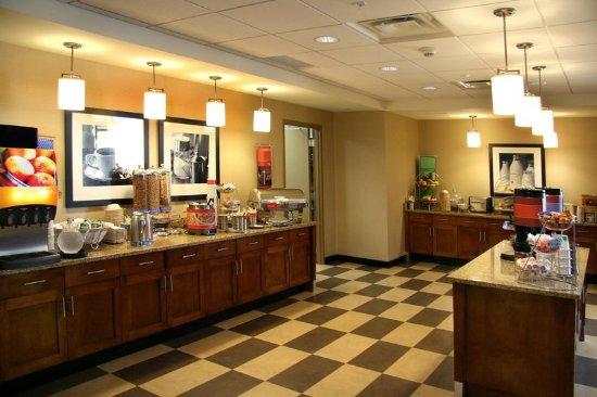 Waynesburg, Pensilvania: Breakfast Buffet