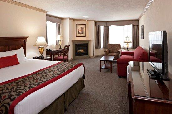 Delta Banff Royal Canadian Lodge: Junior Suite