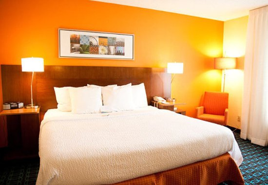 Ponca City, OK: King Guest Room