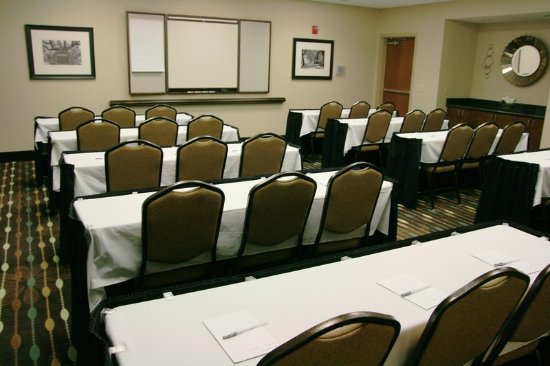Hampton Inn & Suites Savannah Airport: Forsyth Room