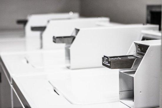 Dupont, WA: Laundry Room