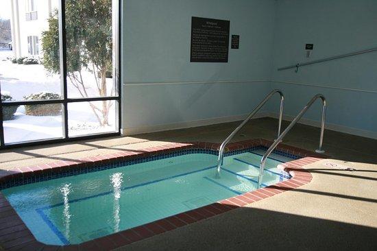 Indoor whirlpool  Indoor Whirlpool - Picture of Hampton Inn Chicago/Elgin, Elgin ...