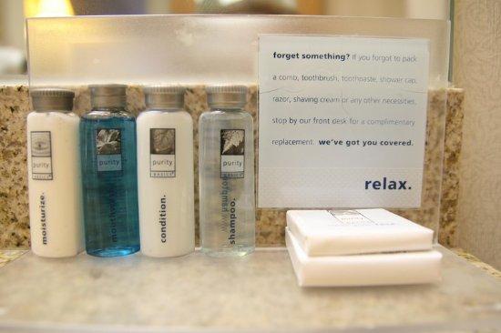 เอลจิน, อิลลินอยส์: Purity Products Bathroom