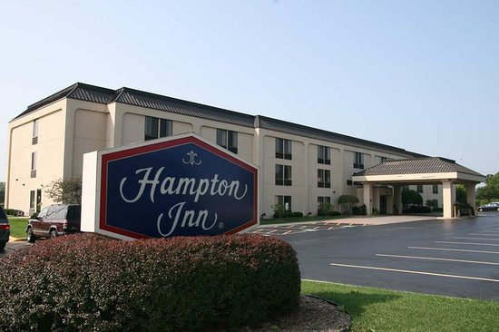 Welcome to Hampton Inn Elgin