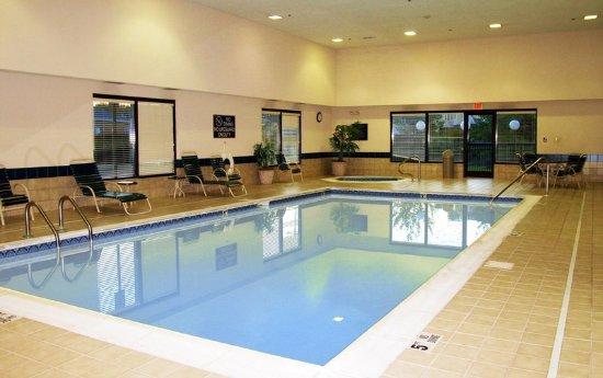 Dumfries, فيرجينيا: Swimming Pool