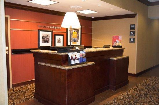 Springfield, TN: Front Desk
