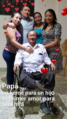 Sabor Espanol: Emotiva celebraciòn de D. Ramòn con sus hijos y nietos.