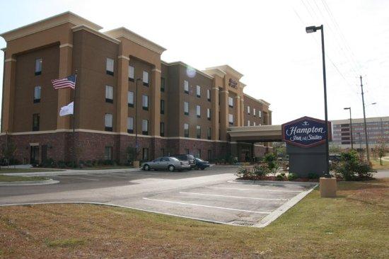 Hampton Inn & Suites Natchez: Hotel Exterior