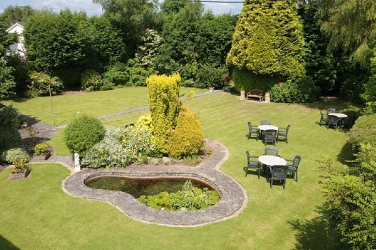 Alveston, UK: Garden