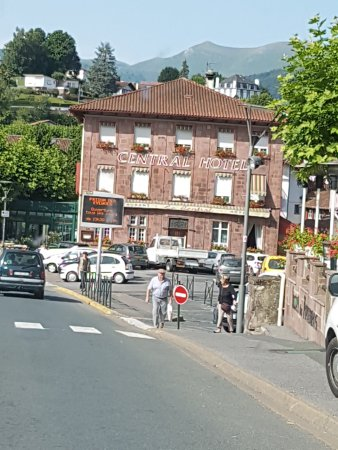 Hotel central saint jean pied de port france voir les - Hotels in saint jean pied de port france ...