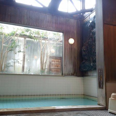 Minamiizu-cho, Japón: 浴槽1つですが、雰囲気抜群。解放感もあります!