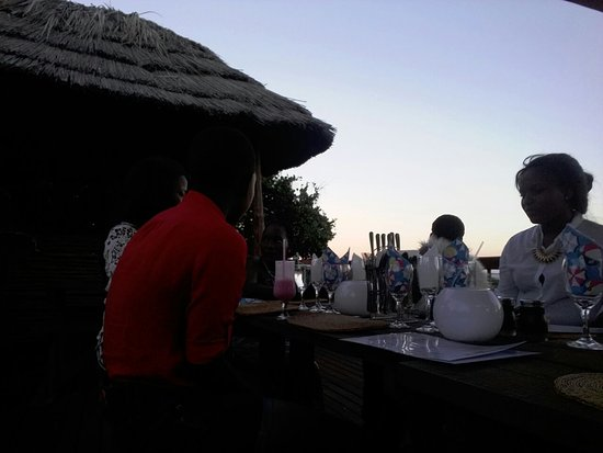 Kosi Bay, Sudáfrica: Dinning on the rooftop