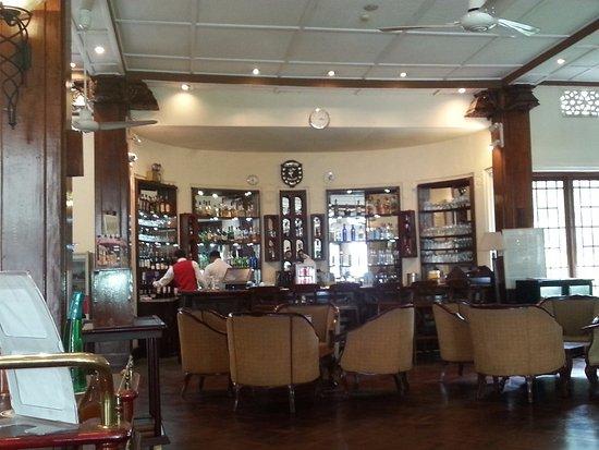 Hotel Suisse: Bar area