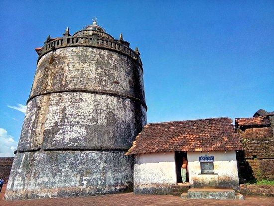 Sinquerim, India: Fort Aguada