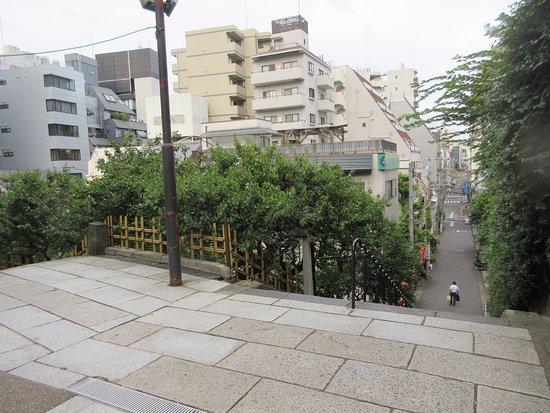 Yushima Tenmangu - Monument / Landmark - 湯島3-30-1 in Bunkyo, JP - Tips and Ph...