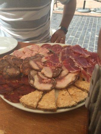 Bar El Tipico Andaluz: platter