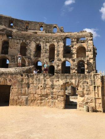 El Jem Amphitheatre: photo0.jpg