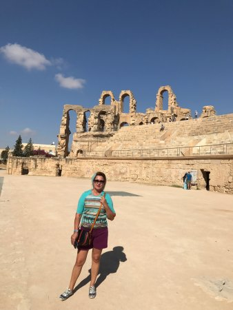 El Jem Amphitheatre: photo1.jpg