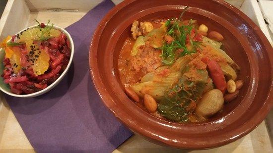 Xanten, Alemania: Tajine met couscous en appelsalade