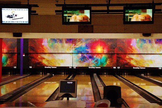 Vancouver, WA: The bowling Lanes and cosmic artwork