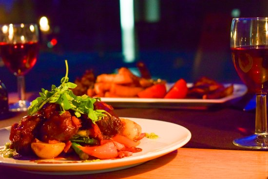 Forfar, UK: Candle-lit dinners perfect for romance or special occasions