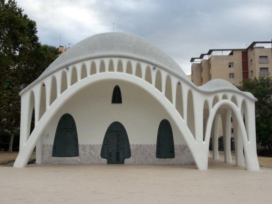 Exterior de la joya modernista fotograf a de mas a - Masias en terrassa ...