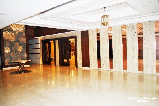 Window View - Picture of Broadway Inn, Meerut - Tripadvisor
